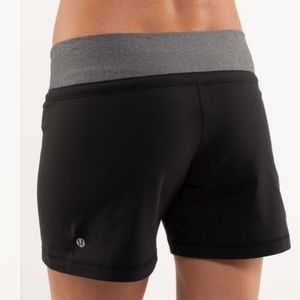 Lululemon Knock Out Short Sz 12